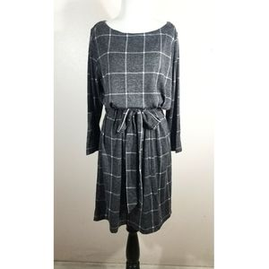 NWT Loft Gray Plaid Long Sleeve Dress